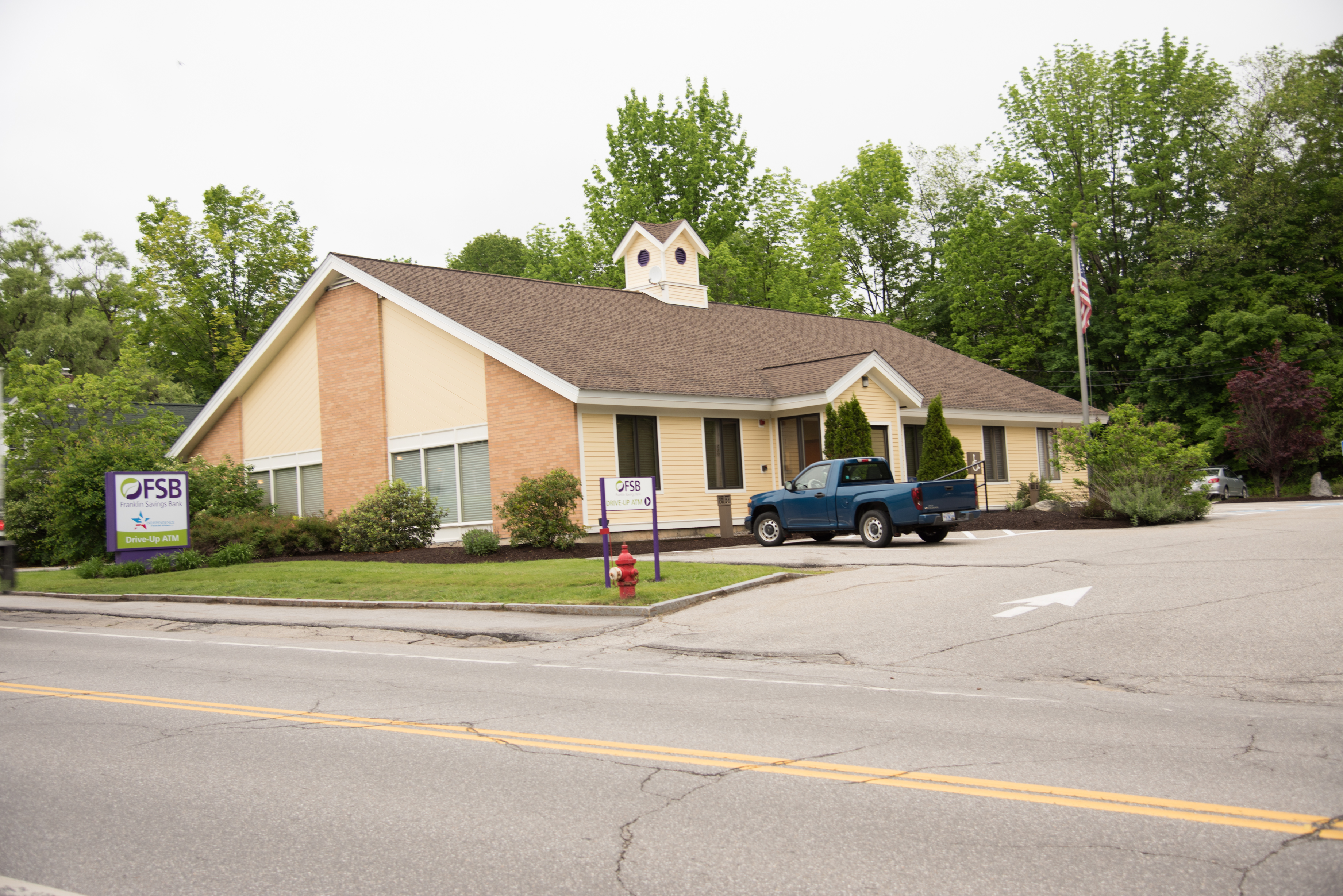 bristol office | lobby & drive-up atm location | franklin savings bank